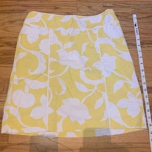 Spring/Summer : bright floral yellow A-Line skirt